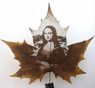 Картины вырезанные на листьях - 3
