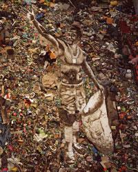 Необычные картины из мусора - Вик Мунис