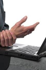 Как сохранить здоровье рук инфобизнесмену